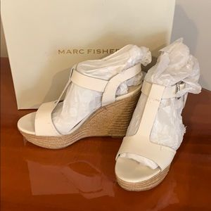Super cute ivory leather wedges by Marc Fisher 7.5